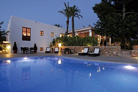 Location piscine Ibiza
