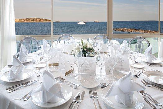 Restaurant vue mer Ibiza, service de sélection du site
